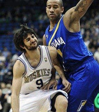 2be20fe9c Last night the Minnesota Timberwolves and Indiana Pacers took part in a  Hardwood Classics ABA throwback night